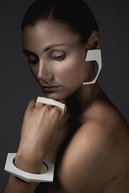 13and9 Design_GC-JEWELRY_WOMEN_Markus_Mansi_MOMA_2_257x385